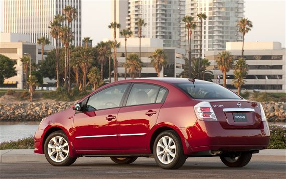 2011 Versa Compact Sedan Nissan Cars